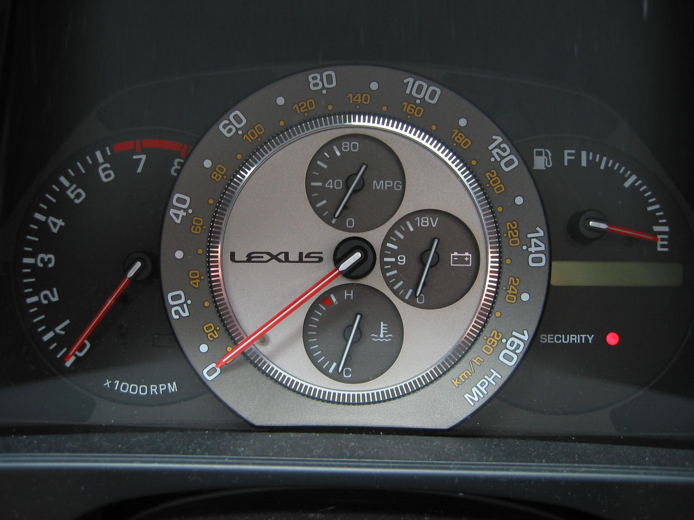 lexus-is300-15