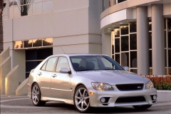 lexus-is300-07
